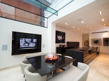 Frameless Glass in Living Room
