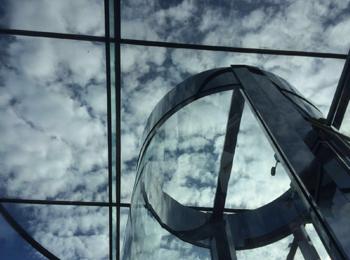 Frameless glass roof